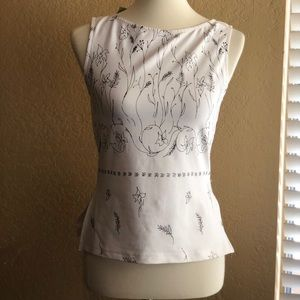 Cache women's printed sleeveless top size M